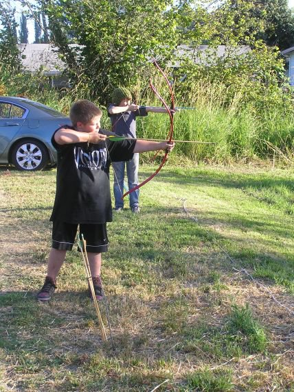 Traditional Archery: Crafting & Shooting Quick Survival Arrows