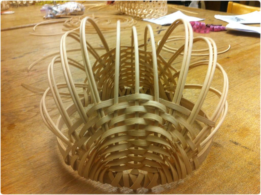 basket reinforcing ribs